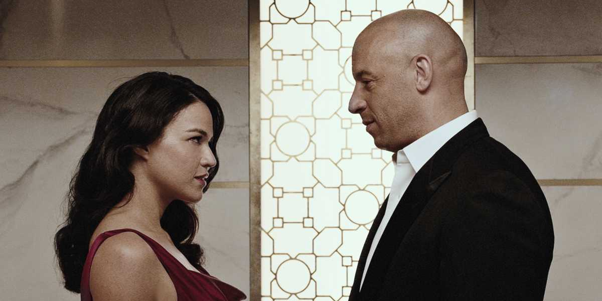 Letty (Michelle Rodriguez) and Dom (Vin Diesel) share a tender moment.