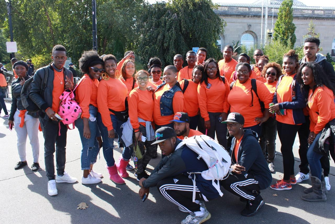 Morgan students gather for a picture before the Million Man March. Photo by Terry Wright